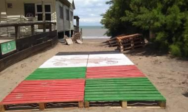 Pehuen Co: Se instalaron las nuevas rampas en las bajadas a las playas