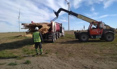 En Pehuen Co se construirá mobiliario urbano con madera del parque eólico