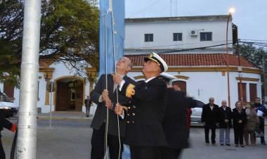 El Intendente encabezó el acto por el 183° aniversario de la muerte del Coronel Rosales
