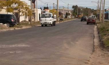 Finalizó la pavimentación de cuadras en calles Espora e Islas Malvinas